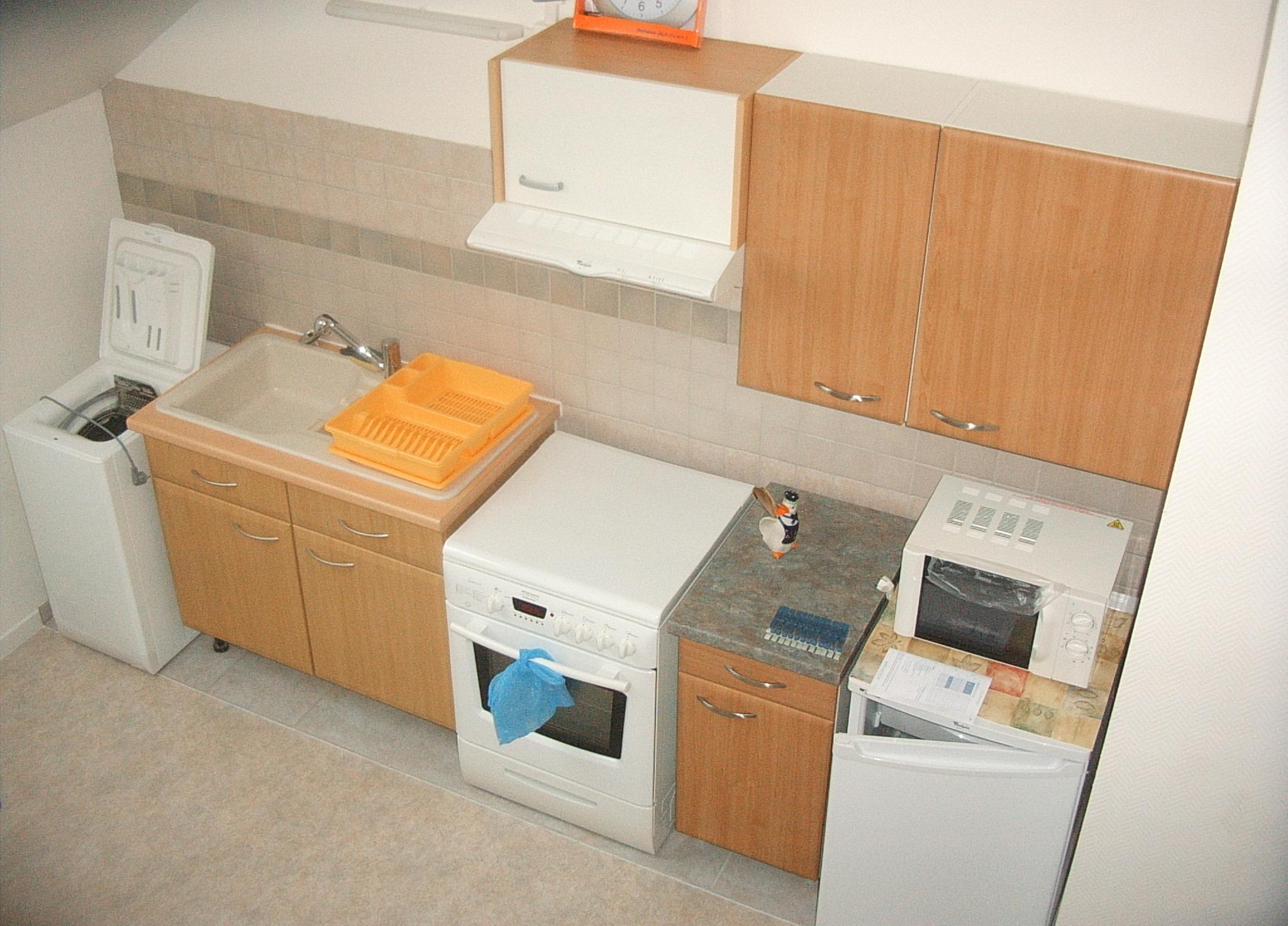 location meubl f1 bis yutz n 5. Black Bedroom Furniture Sets. Home Design Ideas